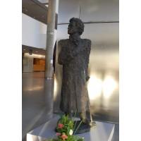Памятник Пушкину в г. Александрия, Египет 2011