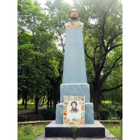 Bust in Ананьев (Ukraine, 1949)