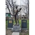 Фигура в г.Гюмри (Армения, 2012)