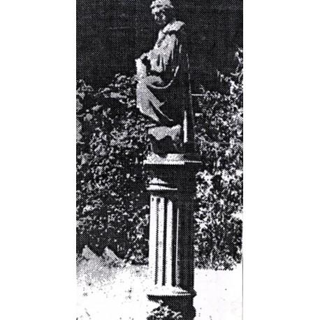 Figure in Мариуполь (Ukraine, 1901)