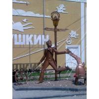 Фигура в селе Ольгополь (Украина, 2010)