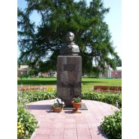 Bust in Ярополец (Russia, 2008)