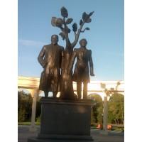 Figure in Петропавловск (Казахстан, 2006)