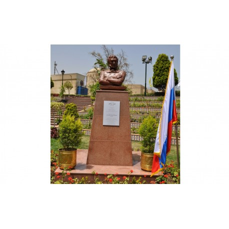 Monument to Alexander Pushkin in Каир Egypt, 2007